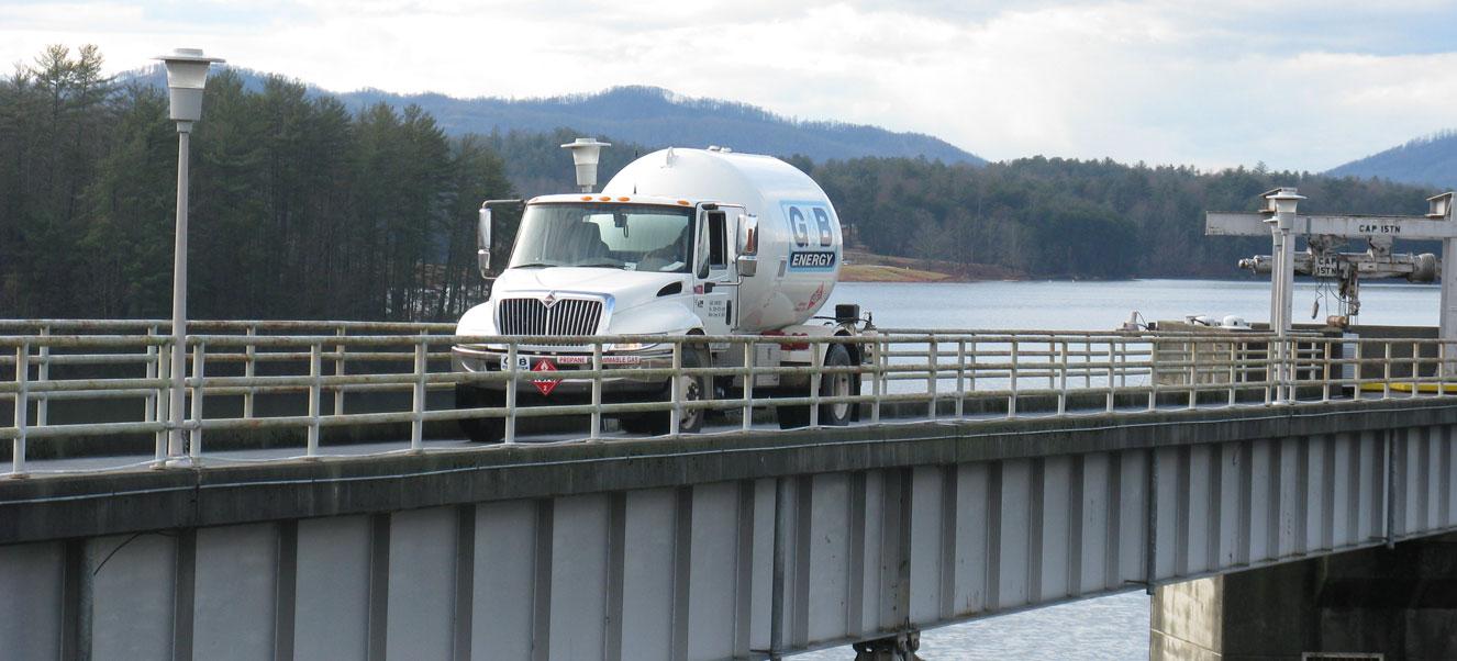 Truck-at-Kerr-Scott